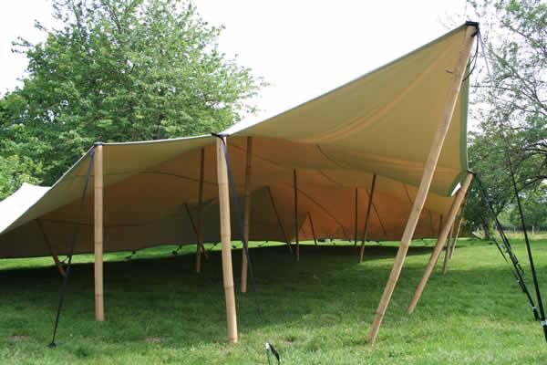 location de stretch tente en bourgogne decorhome. Black Bedroom Furniture Sets. Home Design Ideas